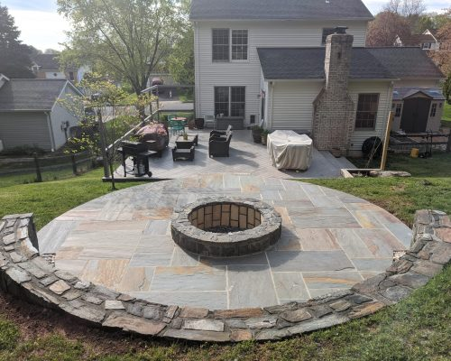 Flagstone Patio Fire Pit
